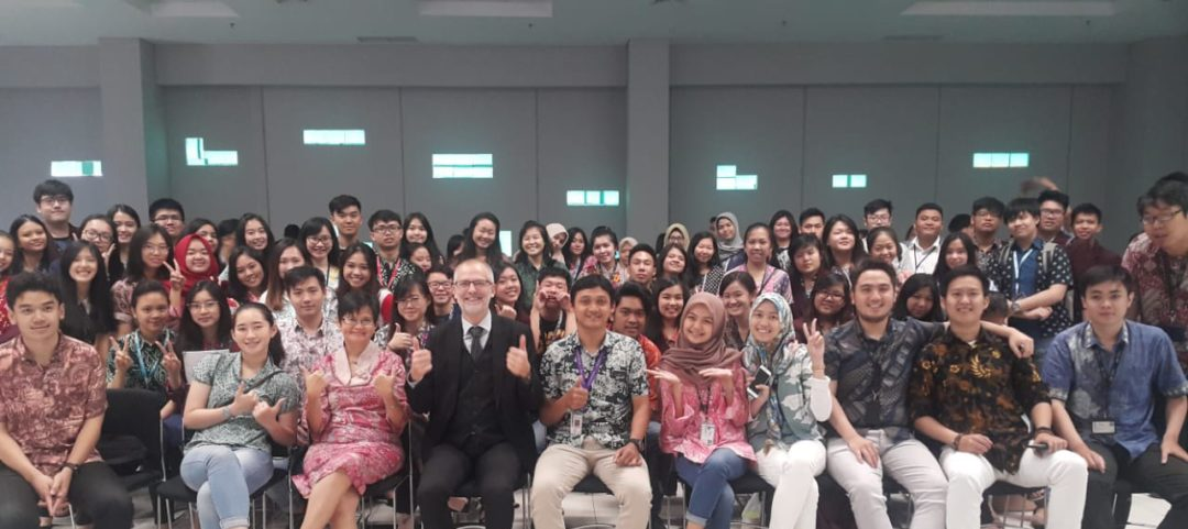 Guest Lecture – Prof. Bruno Pot from Yakult Europe